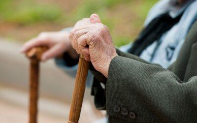Las cerraduras inteligentes facilitan el día a día a los mayores y a las personas con dependencias